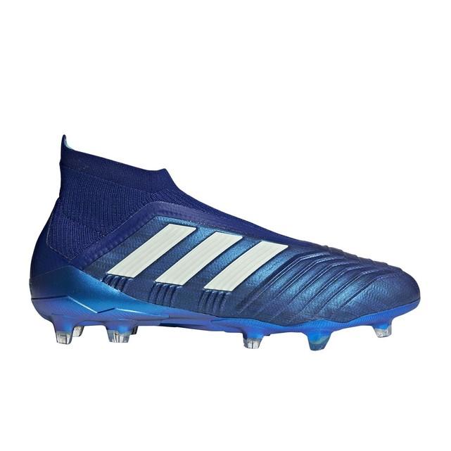 chaussures de football adidas