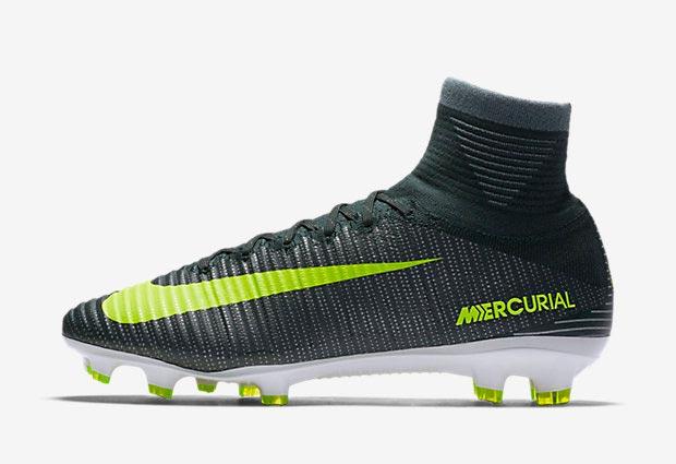 chaussure de foot nike pas cher